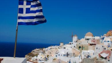 Photo of Греция намерена принимать туристов, привитых «Спутником»