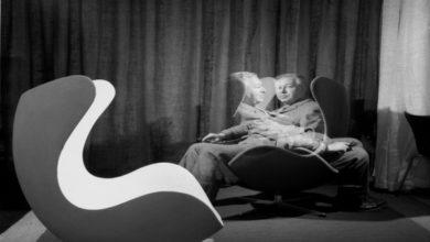 Photo of На выставку в отель: сеть Radisson Blu чествует легендарное кресло Egg