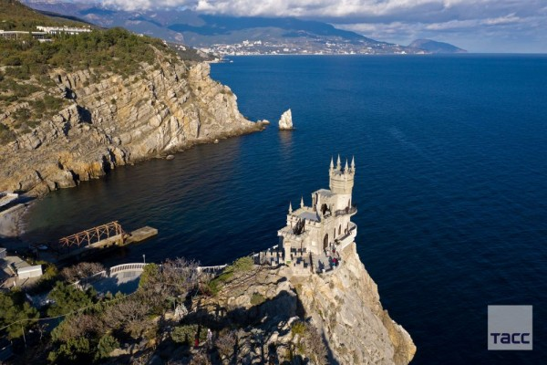 Photo of Горные вершины и Озеро-сердце: пять мест для красивых фото на российских курортах